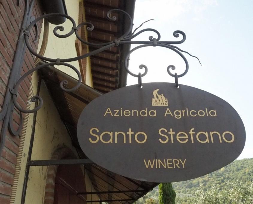 サントステファノのワイナリー看板