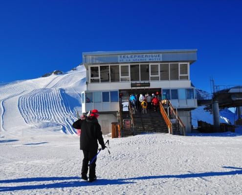 グランモッテ氷河ロープウェー乗場