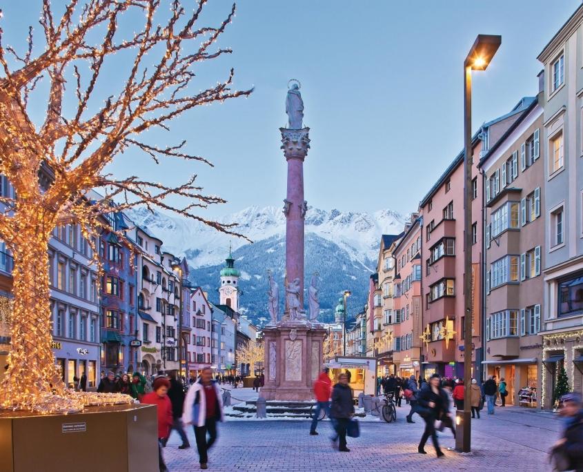 冬のインスブルックの街