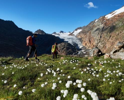 オーバーグルグル・ハイキング