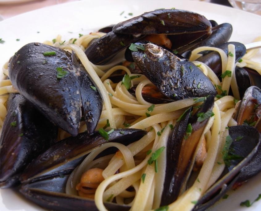 ムール貝のリングイネ、シチリア