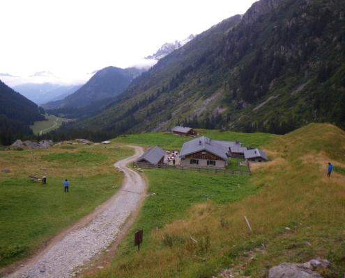 ボンノム小屋 Ref Du Bonhomme 2329m