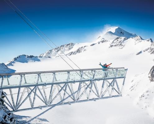 ゼルデン上部から、チロル最高峰ヴィルトシュピッツェを望む