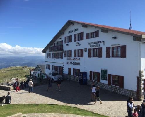 ラ・リューヌ山 山頂、フレンチ・バスク