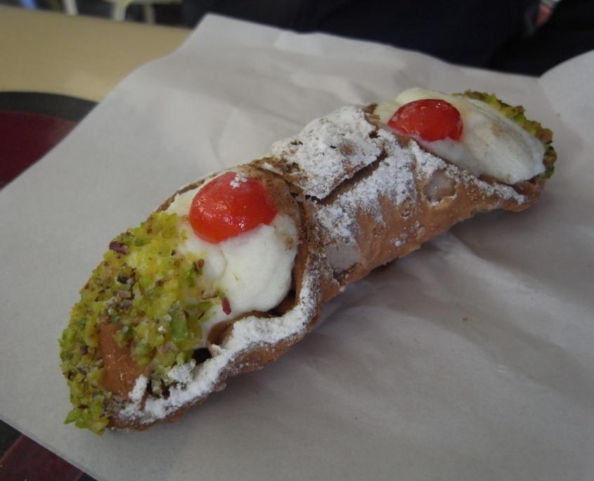 カンノーリ、シチリア