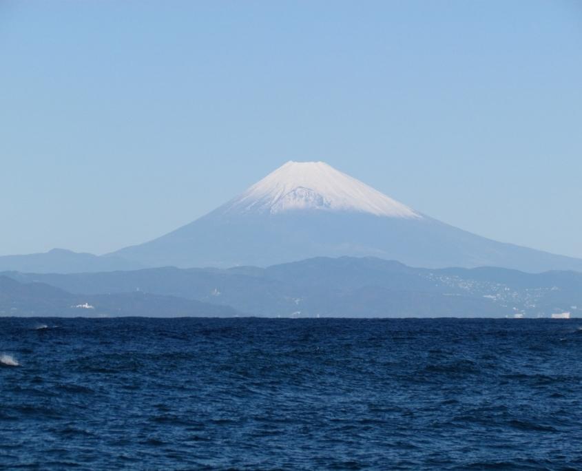 伊豆大島から富士山