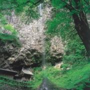 壇鏡の滝(壇鏡神社)_隠岐の島 (1)