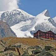 フルアルプ小屋、スイス