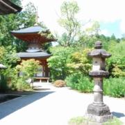 円成寺の大日如来坐像が安置されている多宝堂
