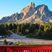 プティア山(2875m)ホテル・ウティア・ド・ボルツのバルコニーから